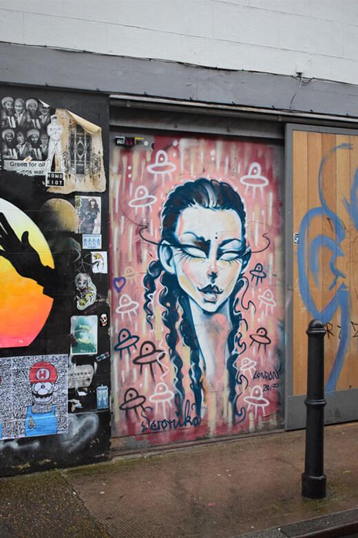 alien woman street art